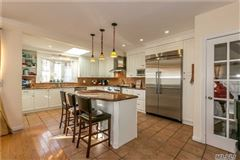 Mansions in Mint Condition Colonial Home in Great Neck