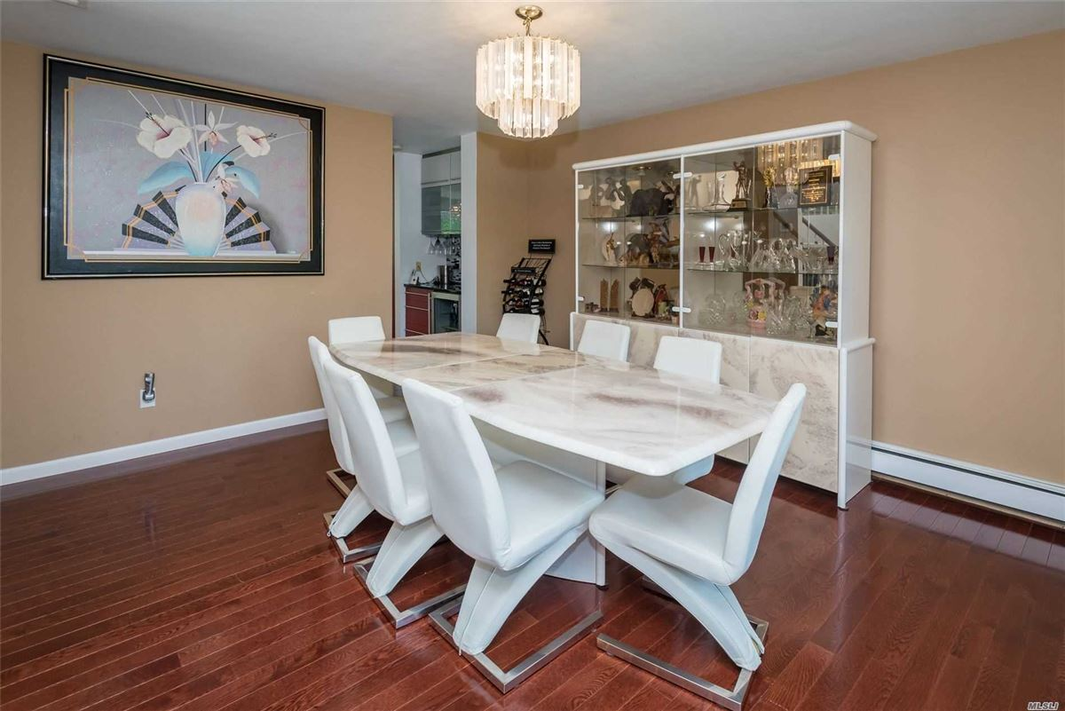 Luxury homes Fully renovated center hall colonial