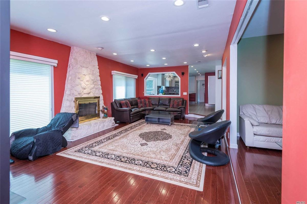 Fully renovated center hall colonial luxury real estate