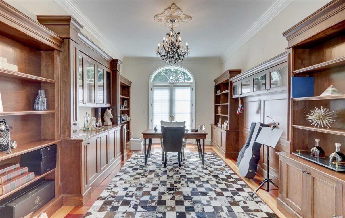 magnificent four-acre estate luxury homes