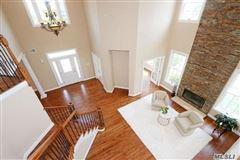 Luxury homes spacious six bedroom Colonial