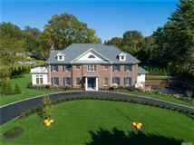 Magnificent New Construction in Great Neck Estates mansions