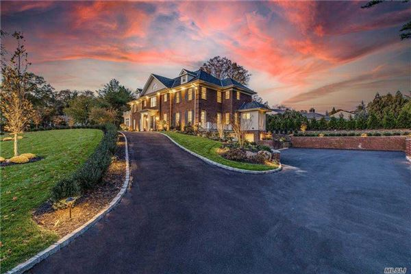 Luxury homes Magnificent New Construction in Great Neck Estates