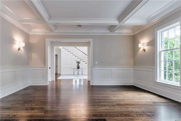 Luxury homes newly designed colonial overlooking Manhasset Bay