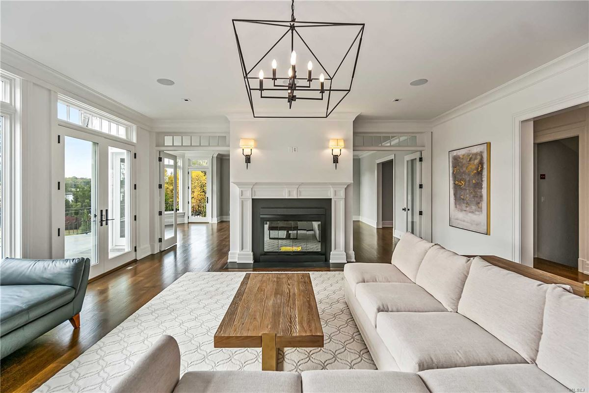 Luxury real estate Newly designed colonial overlooking Manhasset Bay New York