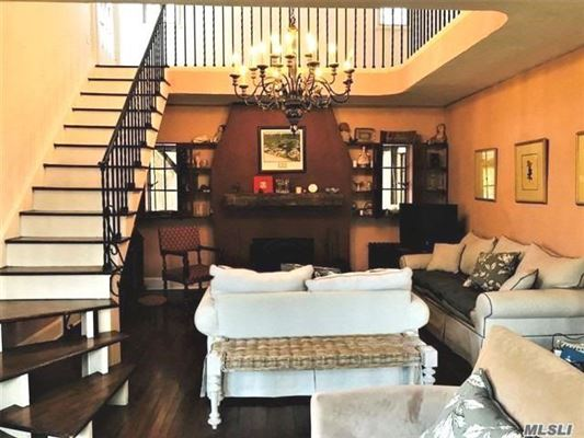cozy, warm & inviting home luxury homes