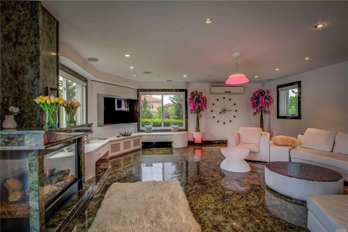 magnificent contemporary mansion in Bayside Gables luxury properties