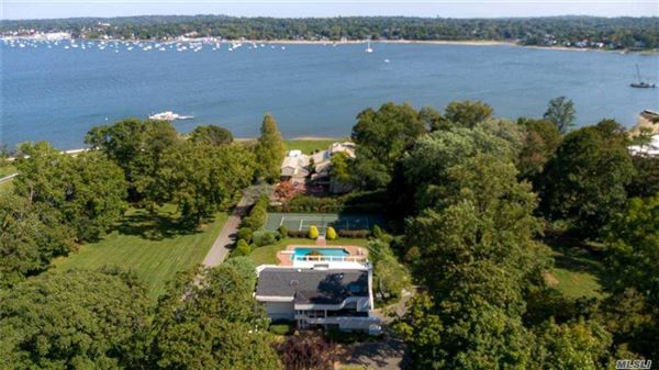 Luxury real estate Magnificent water view contemporary