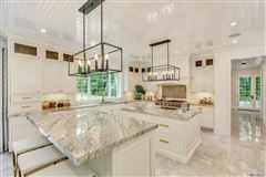 Mansions in ultimate definition of quality craftsmanship and exceptional design
