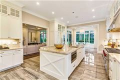 Luxury homes in Great Neck Estates ultra-luxury new construction