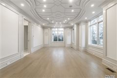 Luxury homes in dazzling brand new construction