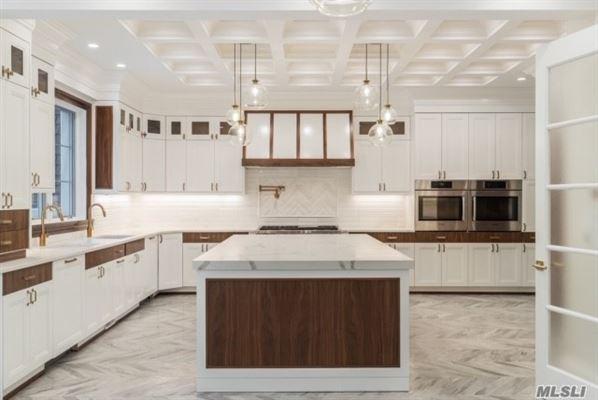 dazzling brand new construction luxury properties