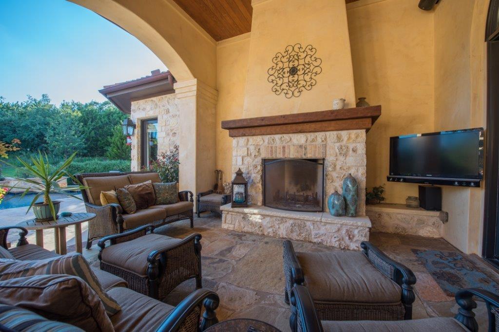 Stupendous Sprawling Single Level Mediterranean Estate Texas Luxury Homes Inspirational Interior Design Netriciaus