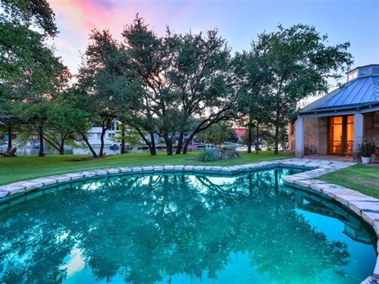Luxury real estate one-of-a kind Lake Flato designed estate