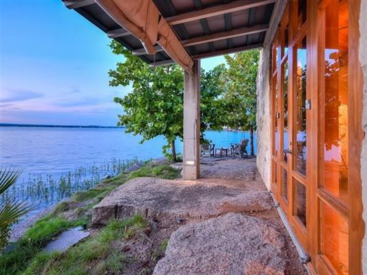 Luxury homes one-of-a kind Lake Flato designed estate