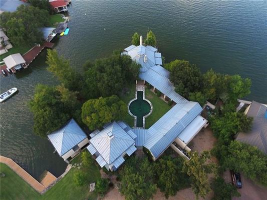 Luxury properties one-of-a kind Lake Flato designed estate