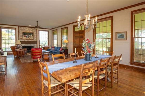 the Incredible Roznov Farm and Ranch luxury homes