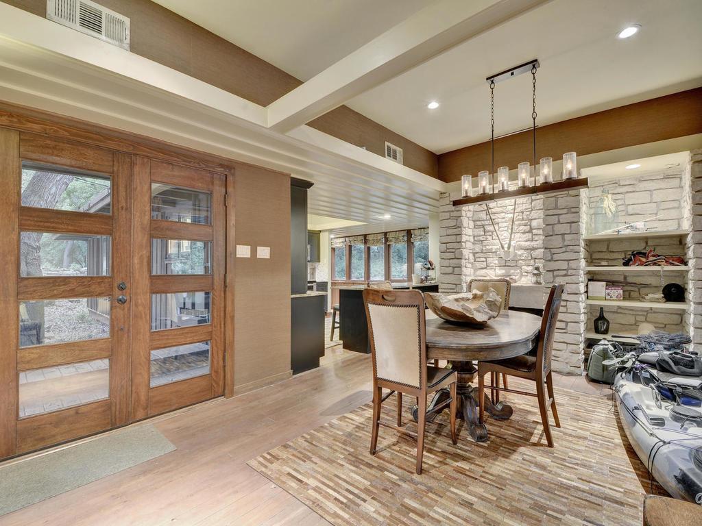 Luxury homes iconic Lake Austin waterfront