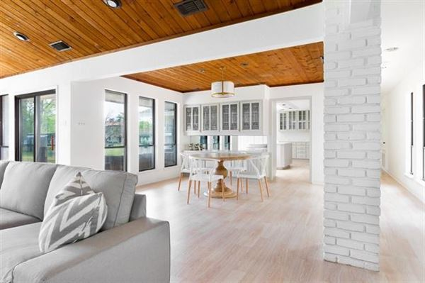 Mansions Recently updated mid-century modern home