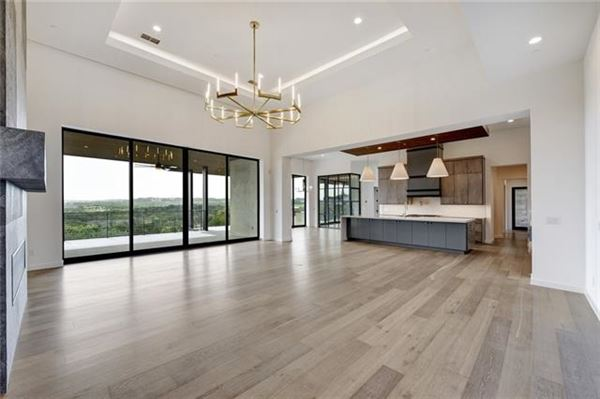 stunning hill country and golf course views luxury homes
