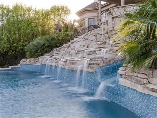 Luxury properties Private, gated 4.7 acre estate in austin