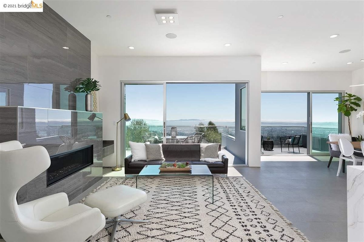 Stunning new construction with amazing views luxury real estate
