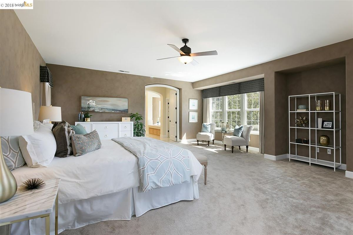 Luxury properties live the good life in Sycamore Heights
