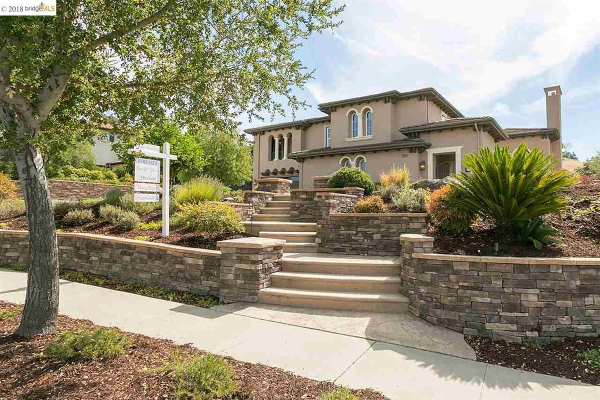 live the good life in Sycamore Heights  mansions