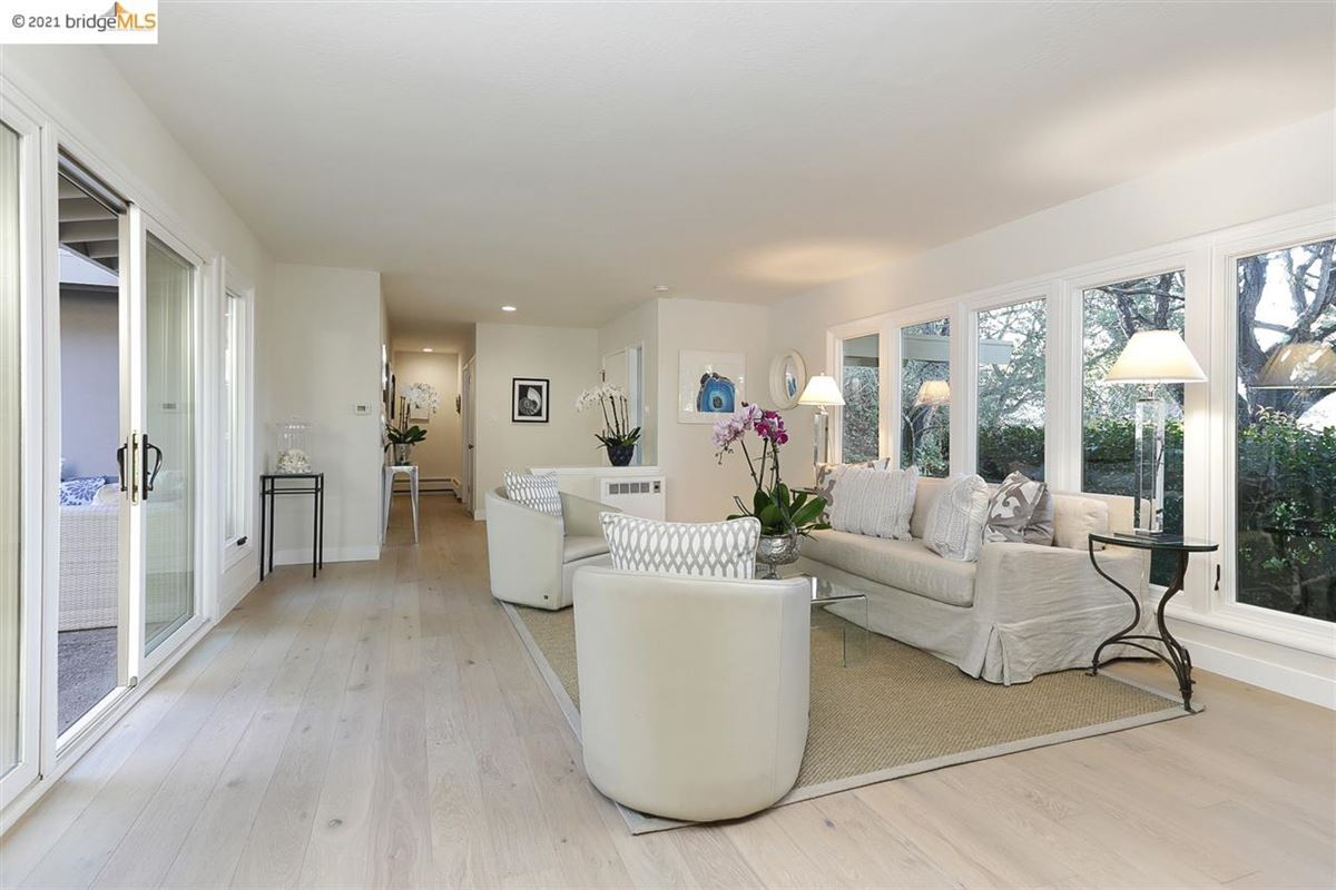 Luxury real estate Nestled into the Upper Rockridge hills