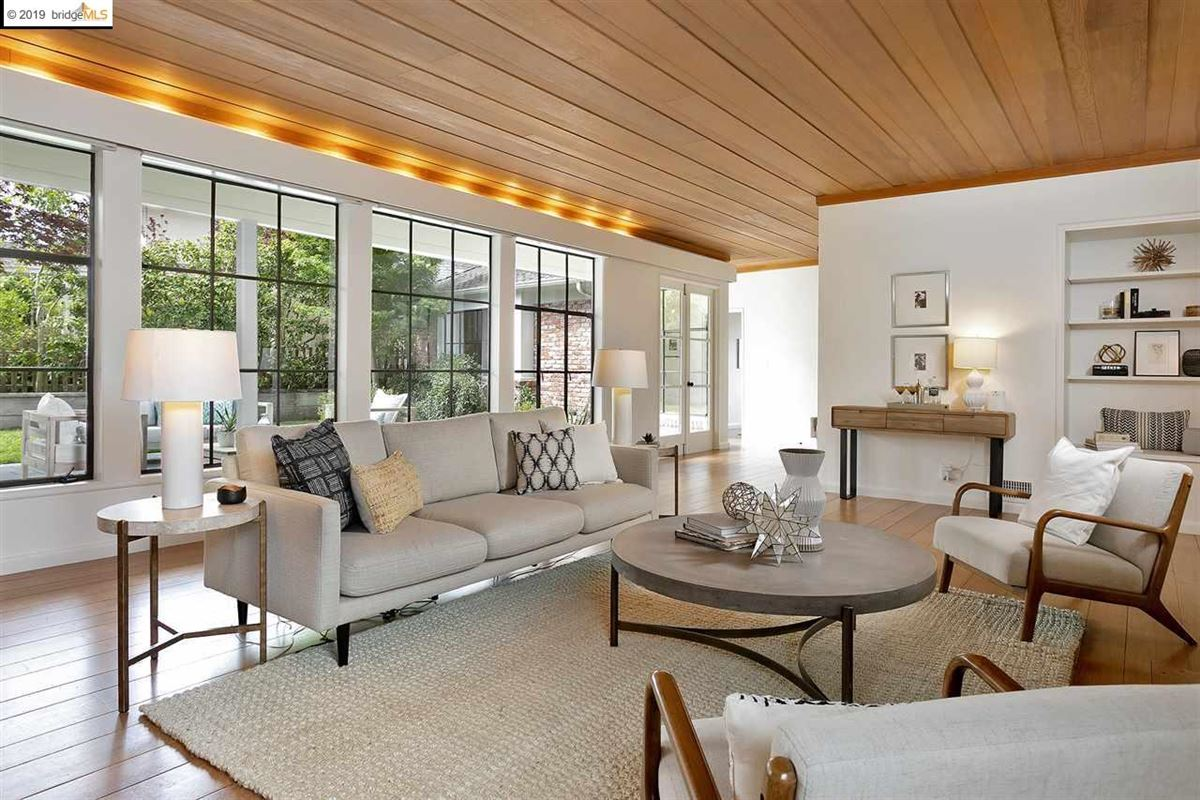 Luxury real estate beautifully renovated single-level home