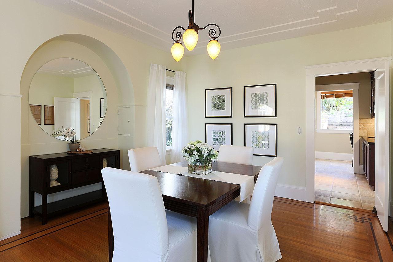 Luxury real estate Lovely Crocker Highlands Traditional
