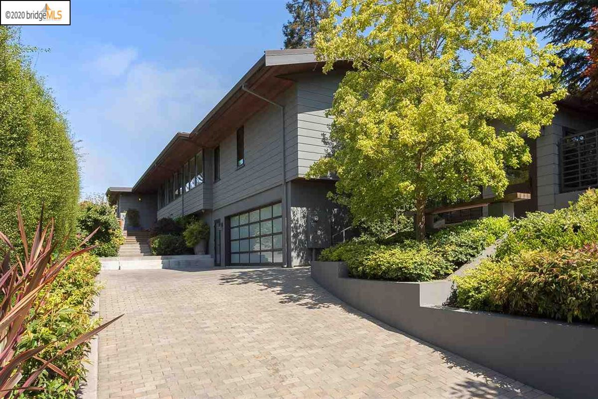 tranquil mid-century modern residence mansions