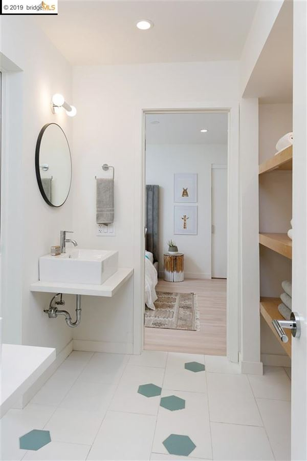 Handsome Mid-Century Modern home luxury properties