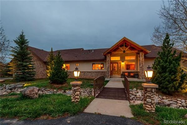 Stunning custom ranch style home colorado luxury homes - What is a ranch style home ...