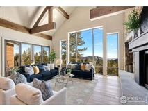 Luxury properties Beautiful timber-frame home on 23 private acres
