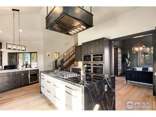 Mansions in Beautiful timber-frame home on 23 private acres