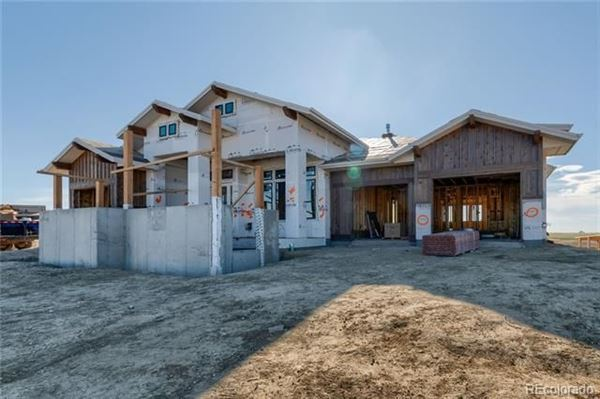 Mansions stunning custom home has amazing west facing views
