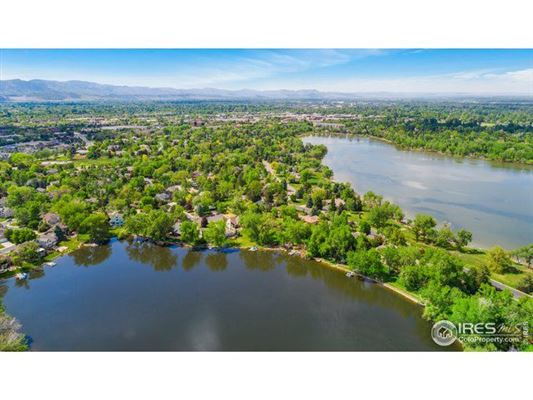 Lakefront Property in the Heart of Fort Collins, CO mansions