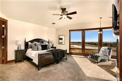 Awesome high-end custom home luxury properties