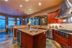 Mansions in comfort and luxury abound in this magnificent home