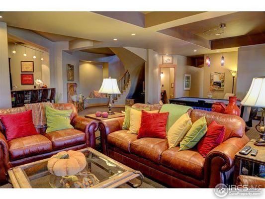 Luxury homes Eagle Ranch Estates home