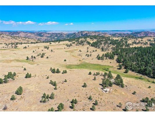 Mansions Rare 860 acre parcel in livermore