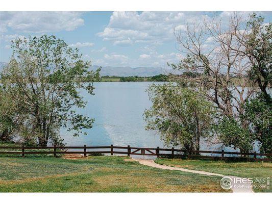 Unbeatable views of lake and mountain luxury properties