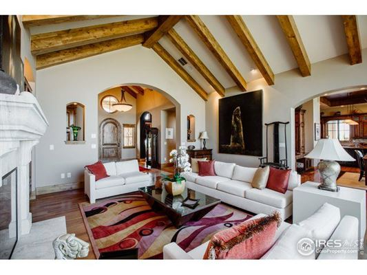 Exceptional custom home luxury properties