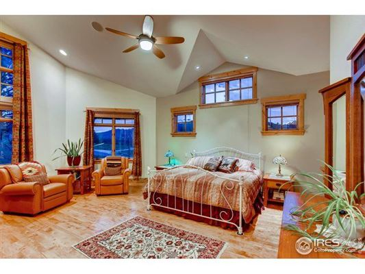 Enjoy mountain living luxury real estate