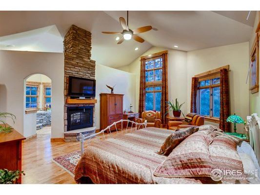 Luxury properties Enjoy mountain living