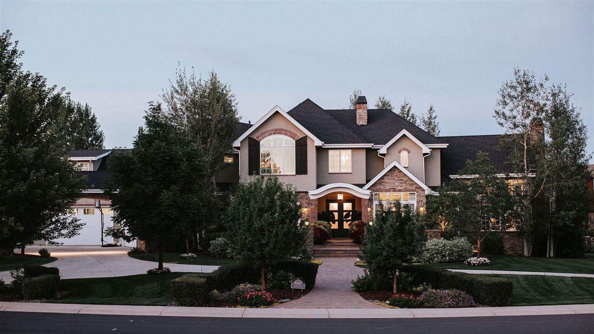 an exquisitely crafted home mansions