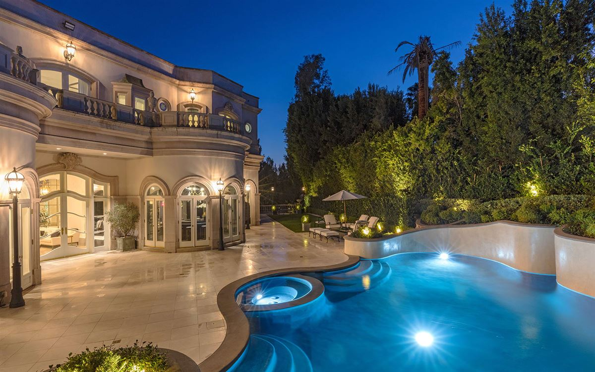 Luxury real estate exquisite European architectural styles