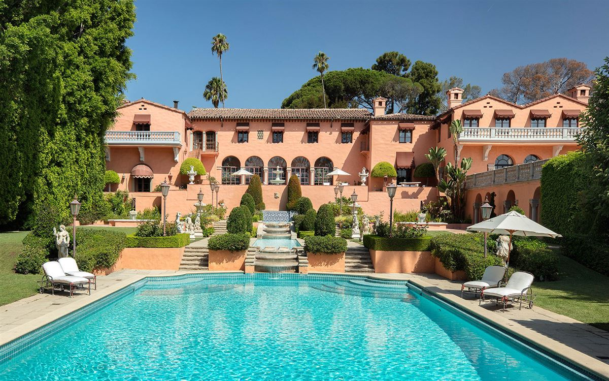 Luxury real estate The Beverly House