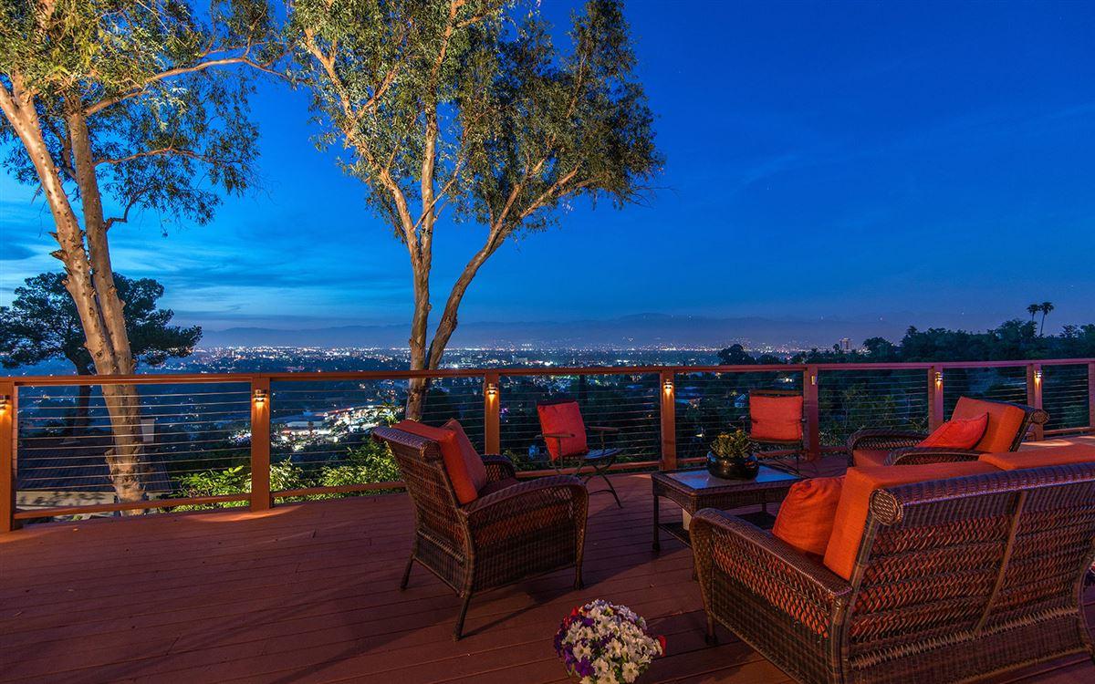 view property in the hills of Studio City luxury properties